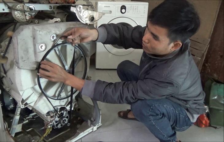 Máy giặt sẽ không chạy nếu dây curoa bị đứt