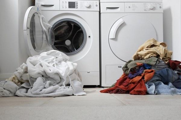 Giặt quá nhiều đồ một lúc sẽ làm quần áo bị nhăn nhiều hơn