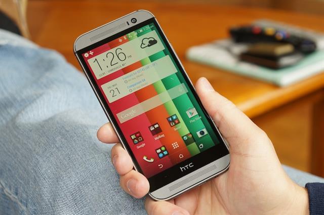Bạn thường sử dụng và xem nội dung trên smartphone ở cự ly nào nhiều nhất?