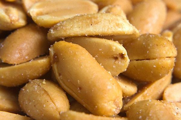 Cách làm bắp rang đậu phộng caramen bằng lò nướng thủy tinh