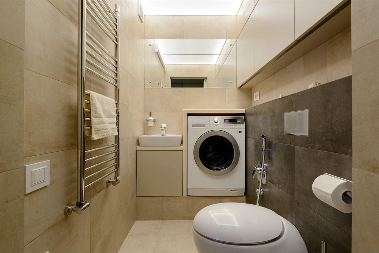 Máy giặt hoàn toàn có thể đặt trong phòng tắm