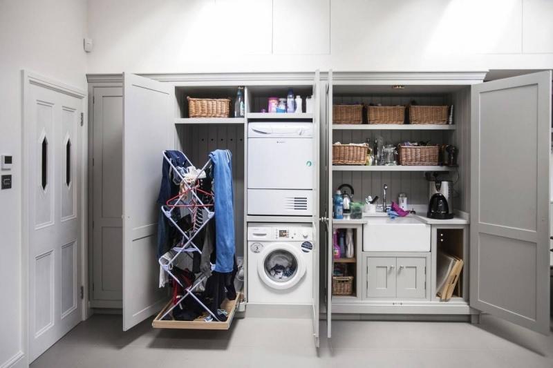 Cho máy giặt và phòng giặt và chứa quần áo