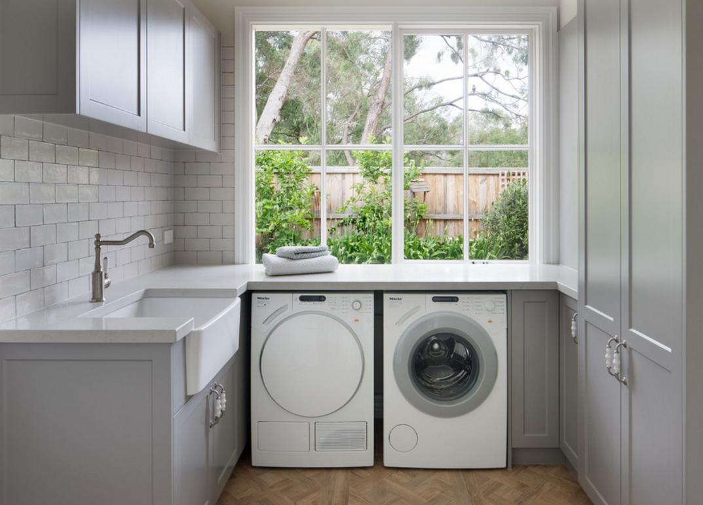 Đặt máy giặt dưới tủ bếp
