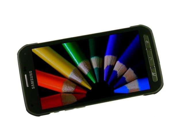 Khả năng hiển thị hình ảnh trên Galaxy S5 Active