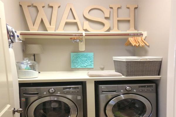 Chiếc kệ xếp quần áp sẵn sàng ngay trên máy giặt