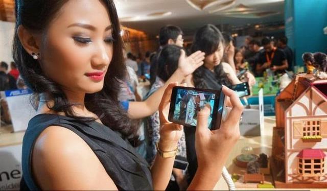 Asus công bố Zenfone 5 LTE