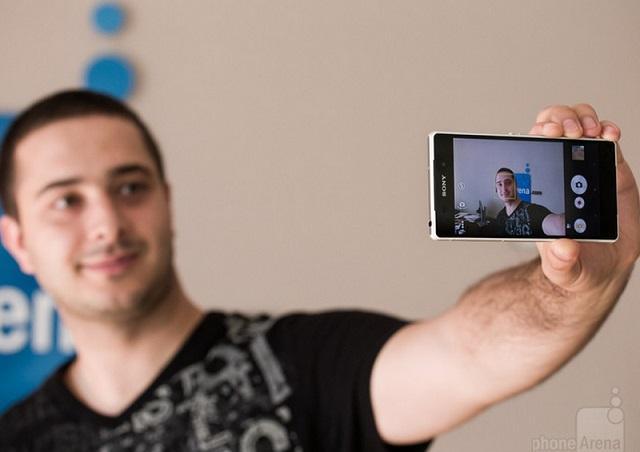 Tận dụng camera chính bạn sẽ được bức ảnh chất lượng cao hơn