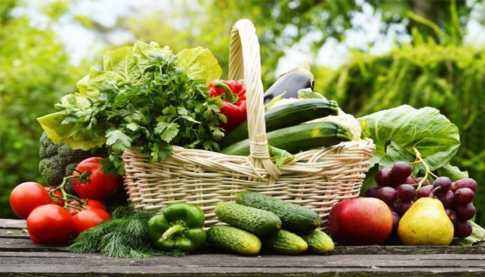 Kết quả hình ảnh cho Ăn nhiều rau tươi, quả chín