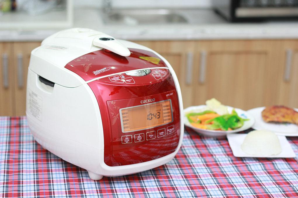 Biết cách sử dụng và lau chùi sẽ giúp nồi cơm điện kéo dài tuổi thọ sử dụng