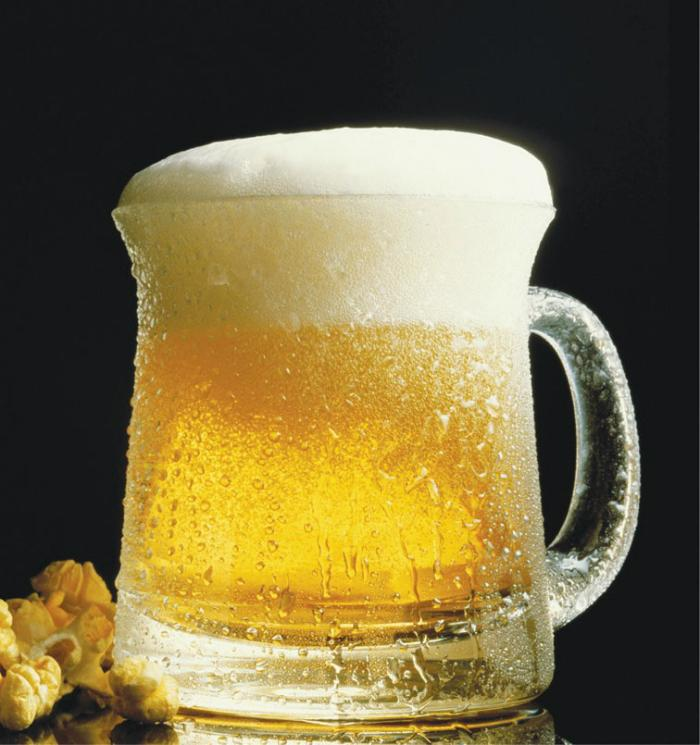 Đàn ông dễ tìm đến bia rượu khi buồn chán