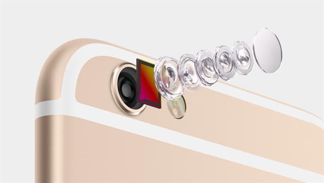 Camera chính 8MP với 5 thành phần thấu kính, kết hợp cùng đèn True Tone Flash