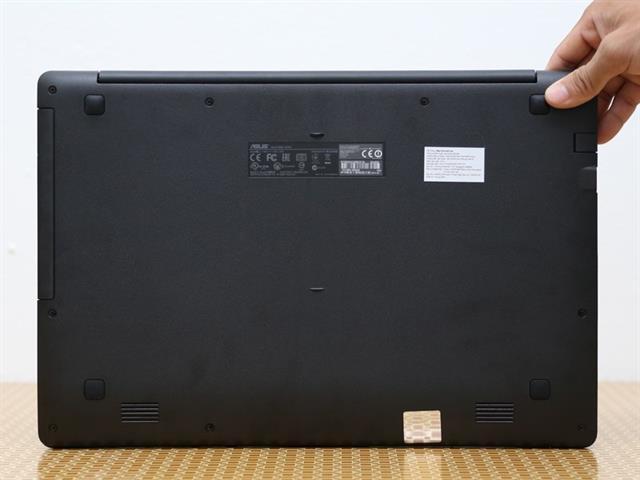 Máy được tích hợp CPU Intel Celeron N2830 xung nhịp 2.16GHz