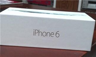 Bi hài màn khui hộp iPhone 6 không mấy suôn sẻ của chàng trai trẻ