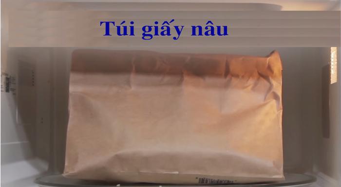 9. Túi giấy nâu