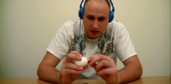 Bóc trứng kiểu mới