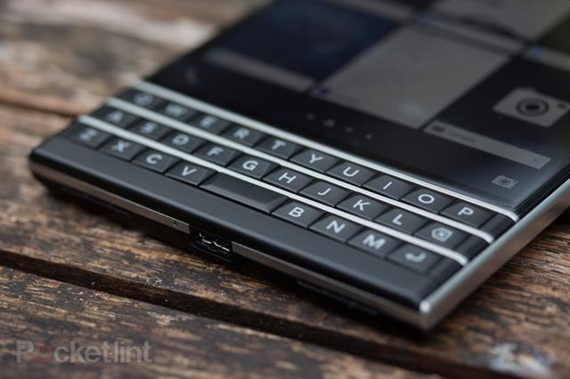 Đánh giá BlackBerry Passport