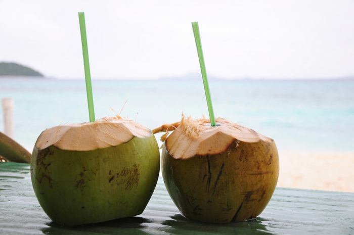 Nước dừa cung cấp các chất điện giải cho cơ thể