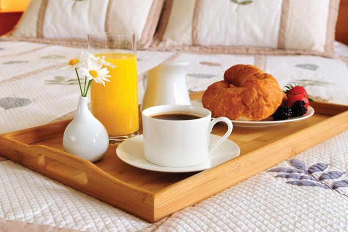 Bữa ăn sáng nhẹ giúp bạn không ăn quá mức ở bữa trưa