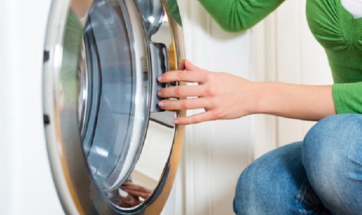 Cách dùng bột vệ sinh máy giặt đúng cách nhất