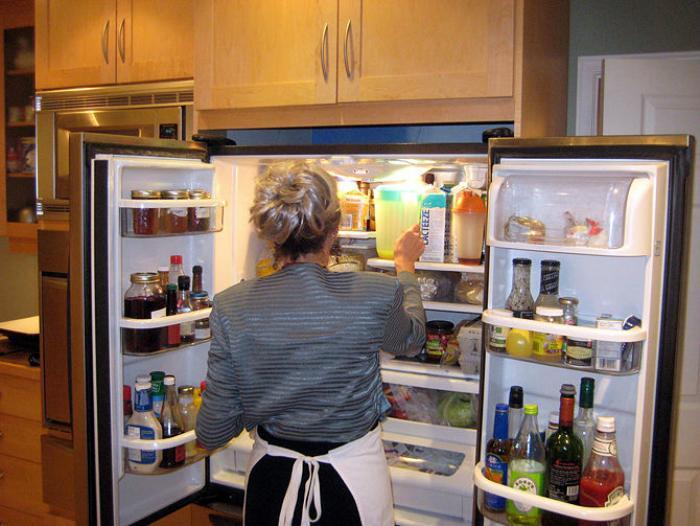 Chỉ 20 phút làm sạch tủ lạnh hoàn hảo