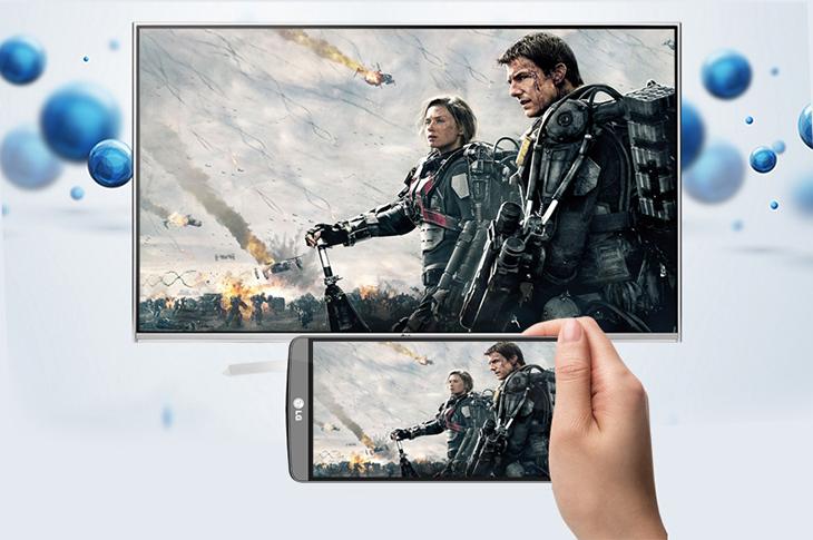 Mua smart tivi nếu thường xuyên có nhu cầu kết nối không dây với điện thoại