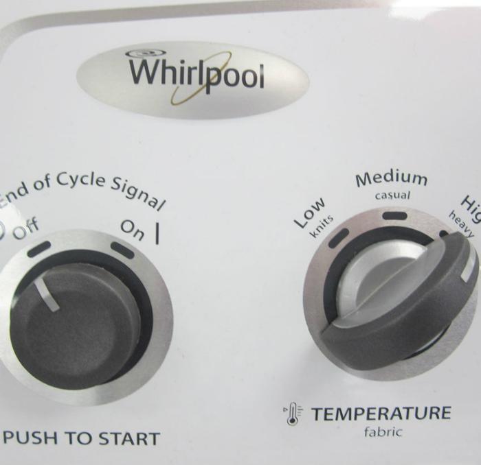 Với đồ tối màu không nên giặt ở nhiệt độ cao