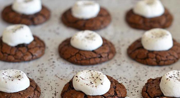 Cách nướng bánh quy sô cô la với kẹo dẻo marshmallow