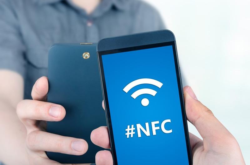 Chạm 2 smartphone có NFC để chia sẻ hình ảnh, video, nhạc…