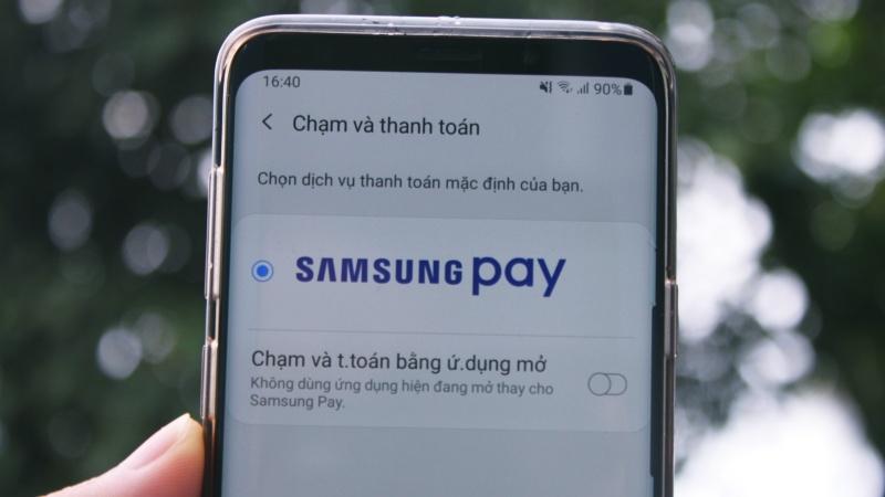Samsung Pay là tính năng thanh toán bằng các thiết bị của Samsung thông qua kết nối NFC