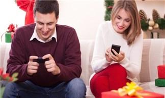 10 điện thoại dành cho nàng trong dịp Giáng sinh 2014