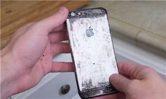 iPhone 6 sốt nước Coca, món 'kinh dị' nhất mà tôi từng thấy