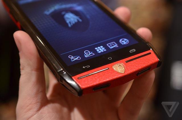 Hình ảnh Cận cảnh siêu smartphone pin chờ 1000 giờ số 2