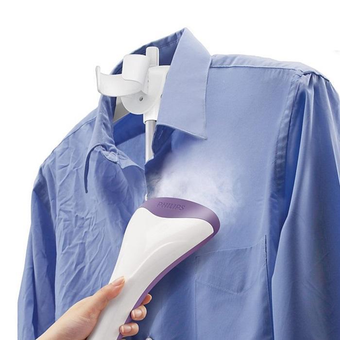 Để đầu ủi hướng lên trên tránh tình trạng đọng nước gây tắc nghẽn hơi nước