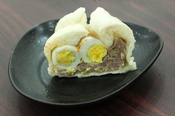 Béo bùi vị trứng cút và lạp xưởng