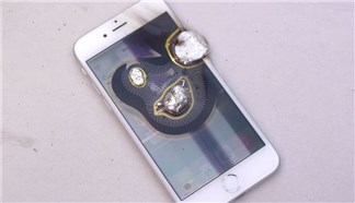 Sẽ thế nào nếu đổ vài giọt nhôm đang nóng chảy lên iPhone 6?