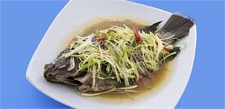 Cách làm món cá hấp với hành và gừng tươi ăn lấy hên đầu năm