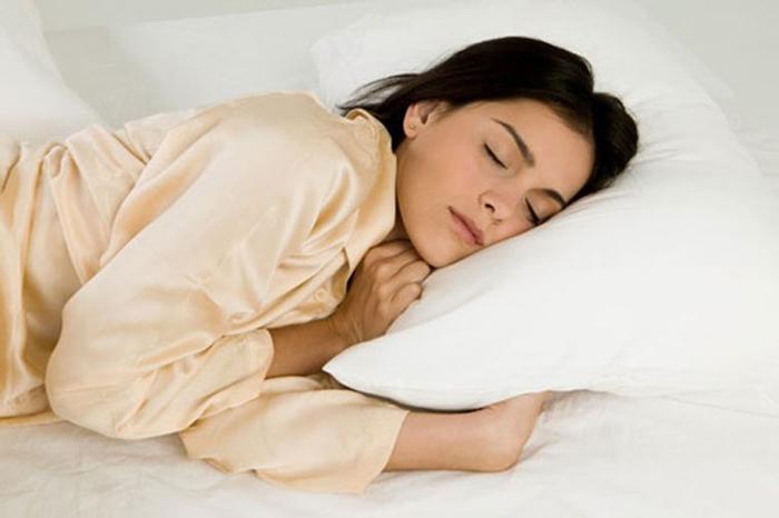 Cố gắng ngủ đủ 8 tiếng một ngày để có làn da đẹp