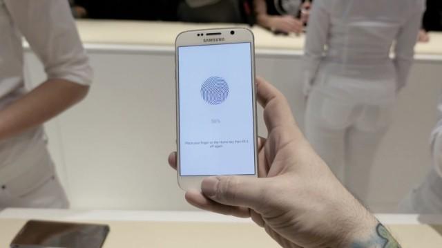 Những điểm giống nhau đến lạ lùng giữa iPhone 6 và Galaxy S6/S6 Edge 6