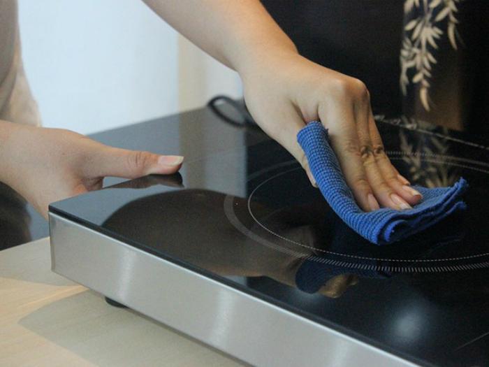 Cách bảo quản và vệ sinh bếp từ