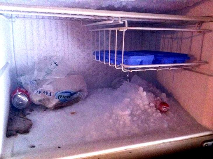 Tủ lạnh bị đông tuyết