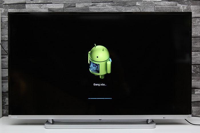 Icon Android xuất hiện khi đặt lại tivi