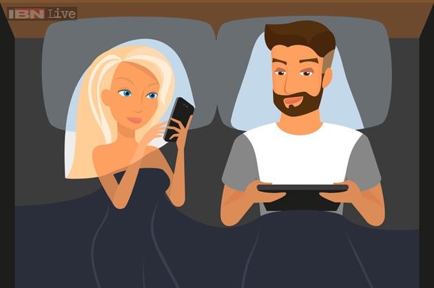 Smartphone: Thủ phạm hủy hoại đời sống tình dục vợ chồng 5