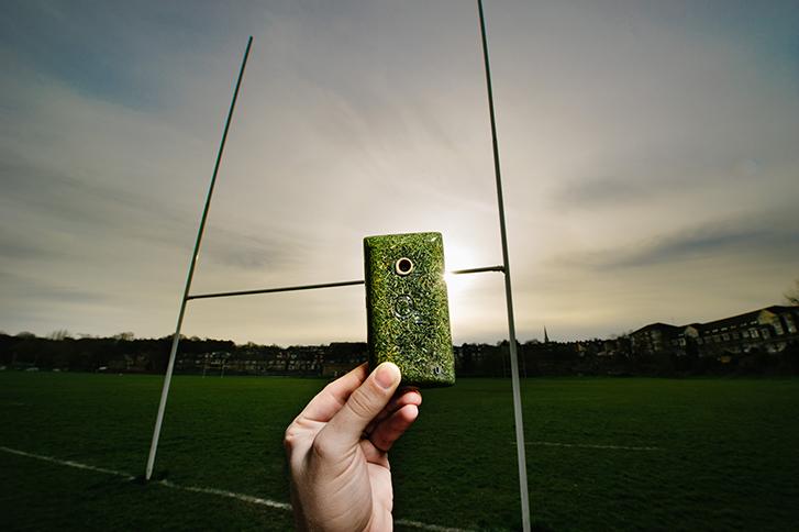 Chiêm ngưỡng smartphone vỏ cỏ đầu tiên trên thế giới 5
