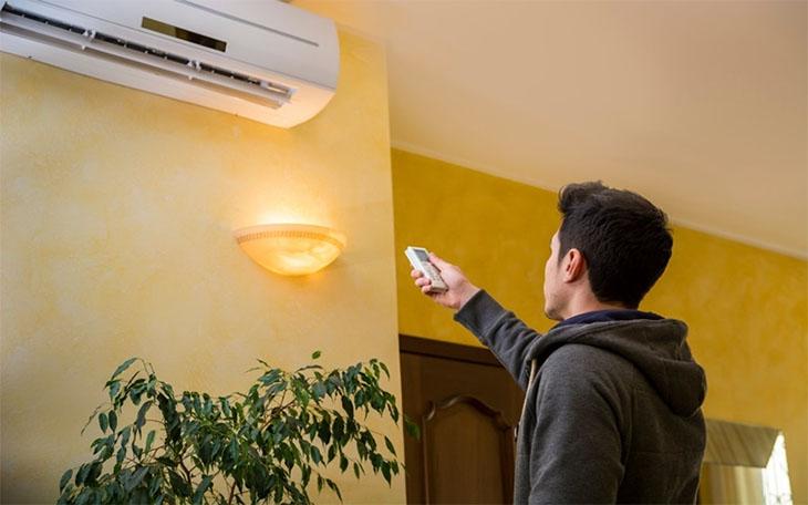 Máy lạnh chạy và ngưng liên tục gây hao điện và ảnh hưởng đến trải nghiệm sử dụng