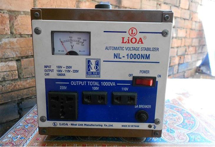 Sử dụng ổn áp để dòng điện được ổn định