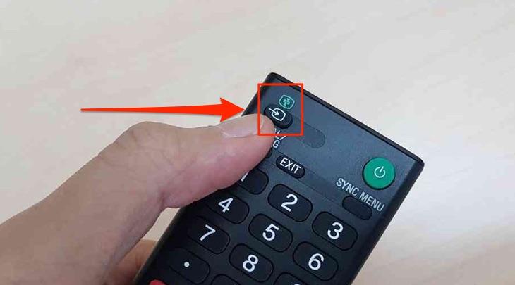 Nút nguồn trên remote của tivi