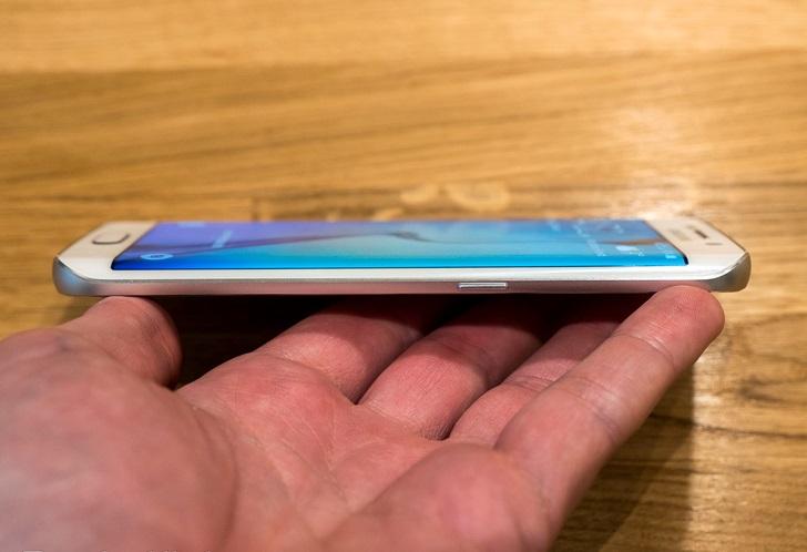 Galaxy S6 Edge cạnh phải