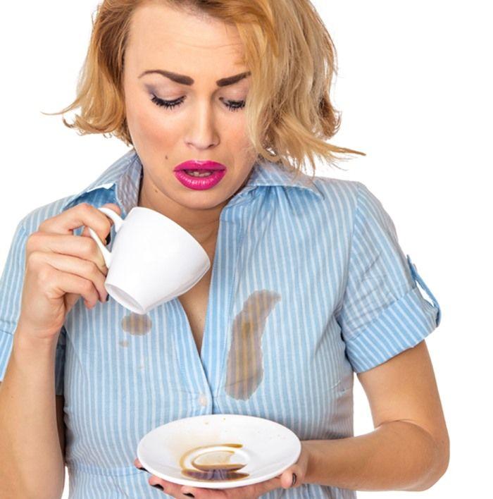 Vết café, trà bạn dùng glycerin trộn với lòng đỏ trứng để làm sạch