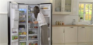Tấm cách nhiệt chân không trên tủ lạnh Hitachi