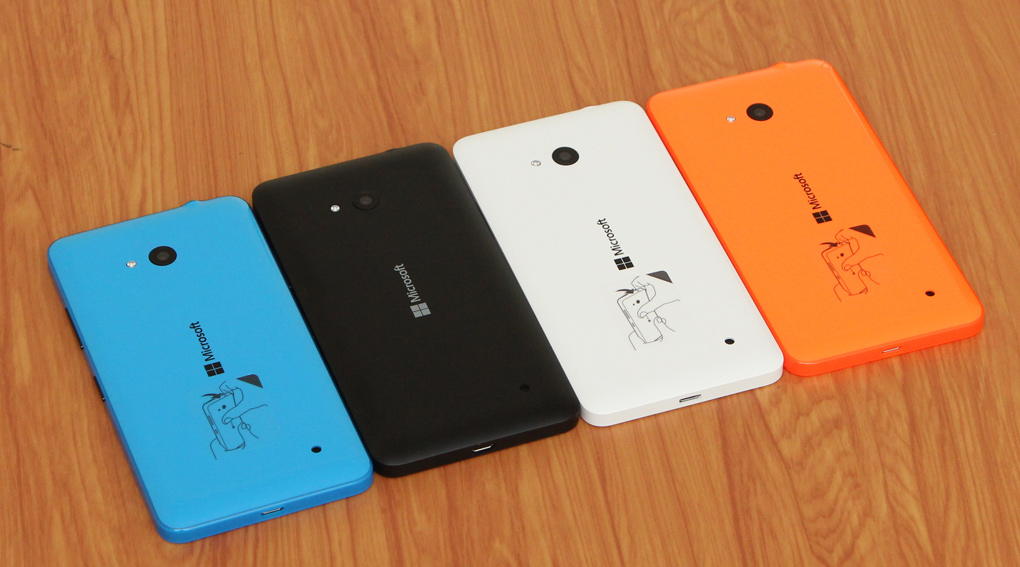 Microsoft Lumia 640 mặt sau